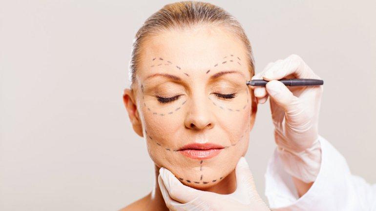 como combatir las arrugas, tratamientos contra arrugas, metodos contra arrugas